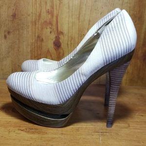 Jessica Simpson Woodgrain Platform Heels Sz 7.5B